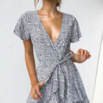 Chic Summer Dresses You Should Own Women's Fashion