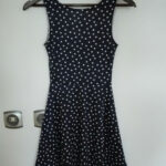 gepunktetes Kleid in 8 Meschede for €8.8 for sale  Shpock