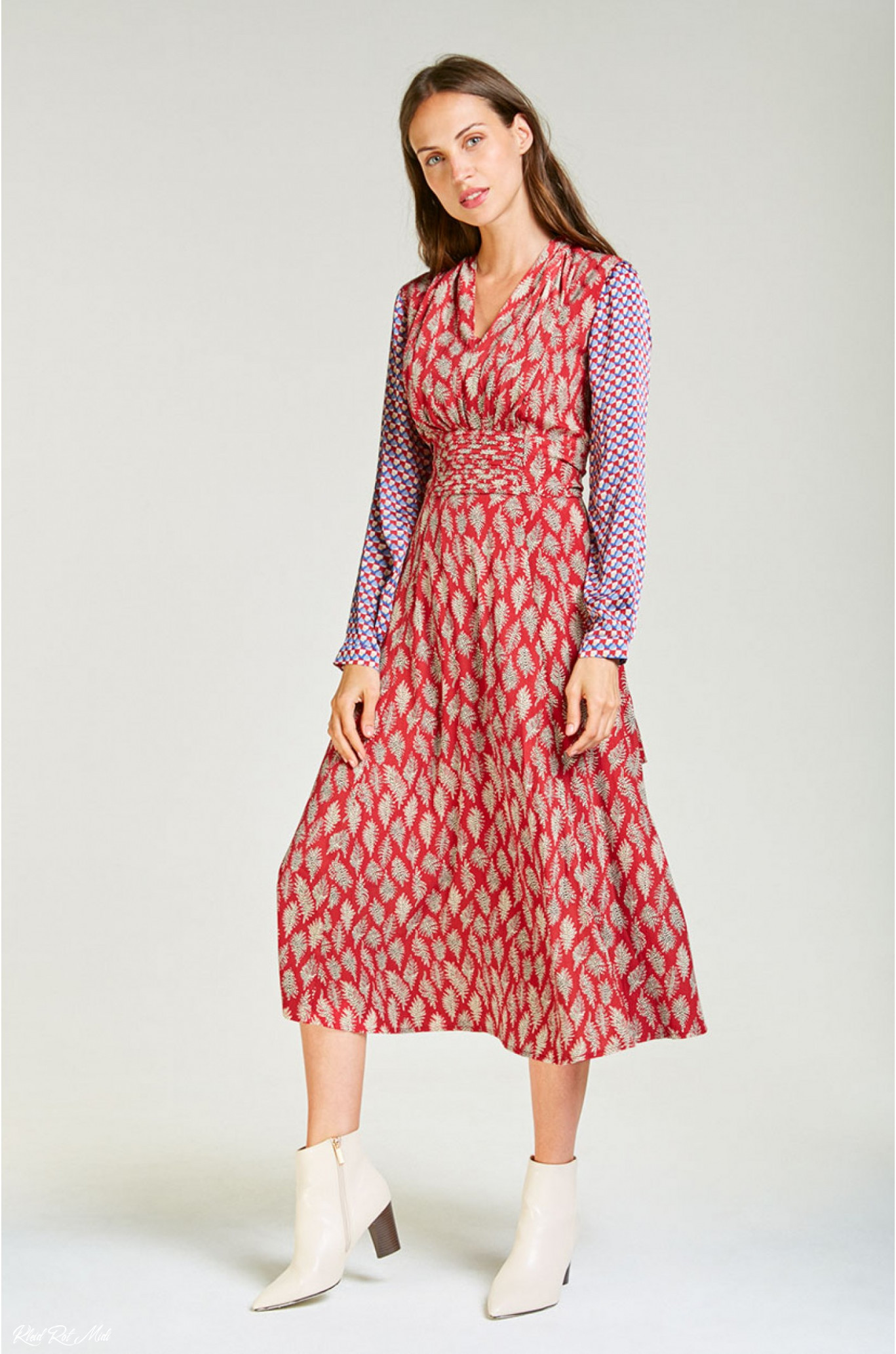 midi chiffon dress with sleeved in printed red
