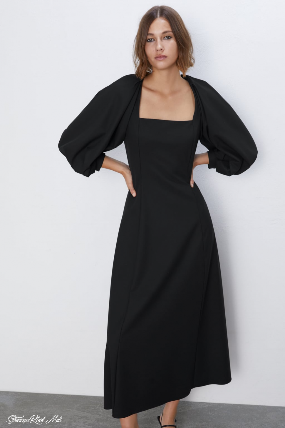 VOLUMINOUS MIDI DRESS View All DRESSES WOMAN ZARA United Schwarzes Kleid Midi